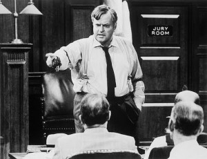 """Orson Welles address the court in """"Compulsion."""""""